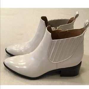 Franco Sarto White Ankle Shoes Zip Closure
